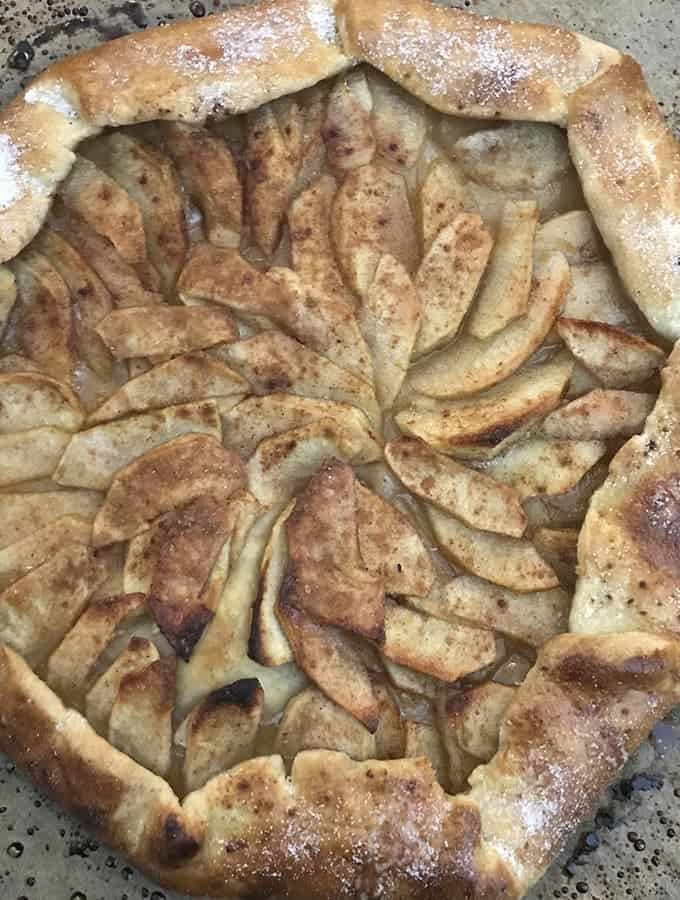 an apple galette