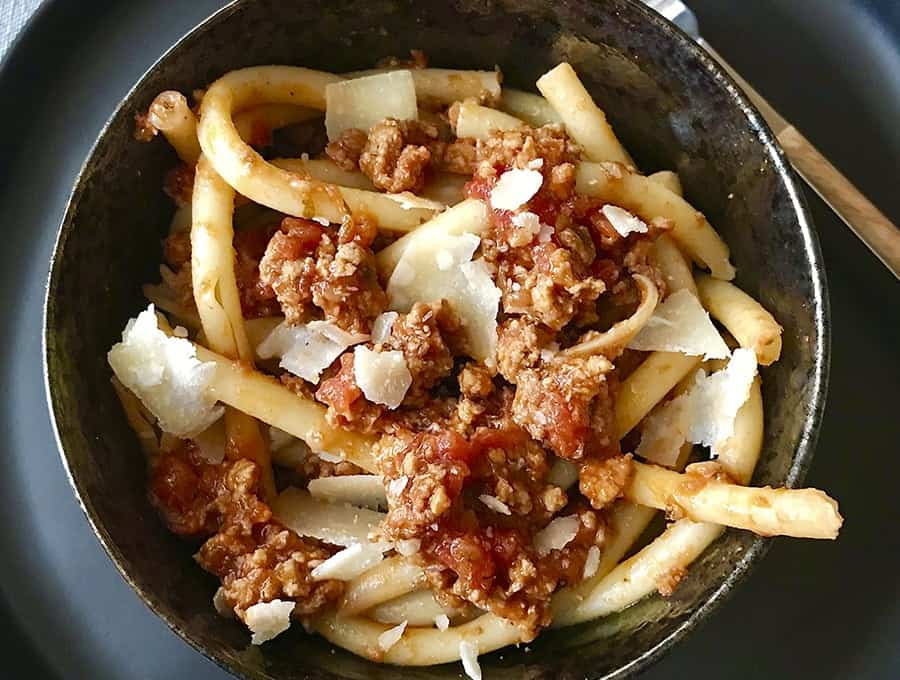 GREEK STYLE PASTA BOLOGNESE
